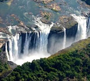 Affordable Vic Falls & Chobe Combo