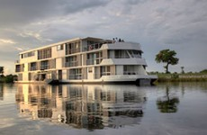 Zambezi Queen Houseboat Safari