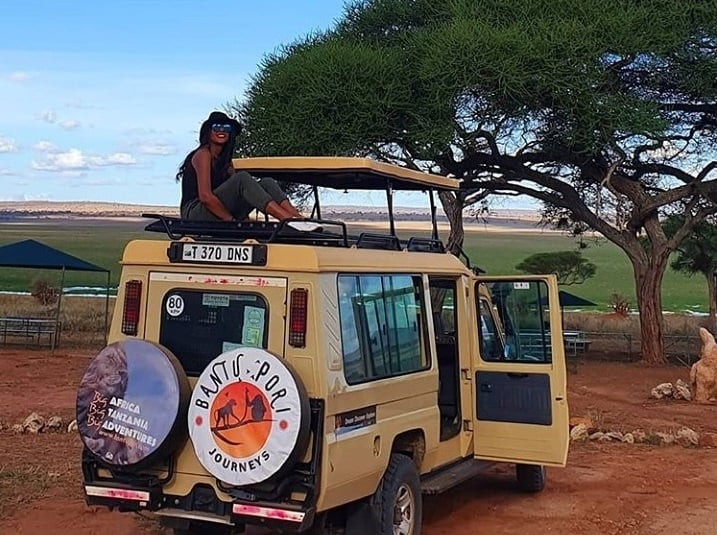 Jessy On Safari Luxury
