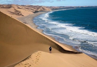 4-Day Namib Coast & Sossusvlei Adventure Tour