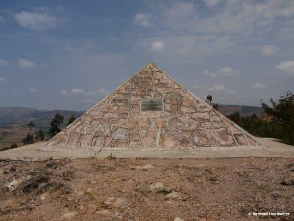 Gedenkpyramide Bei Der Nilquelle