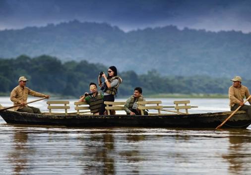 Canoe Ride in Chitwan National Park