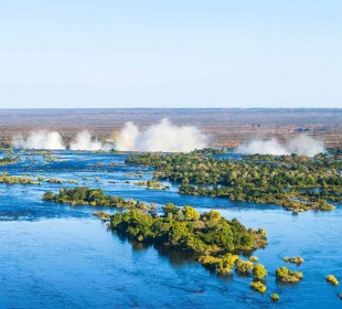 Okavango Delta & Victoria Falls to Johannesburg Accommodated Adventure