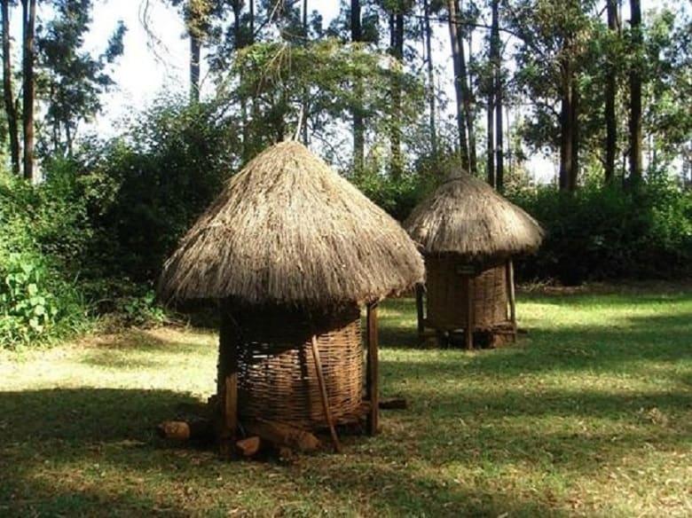 2 Bomas Of Kenya