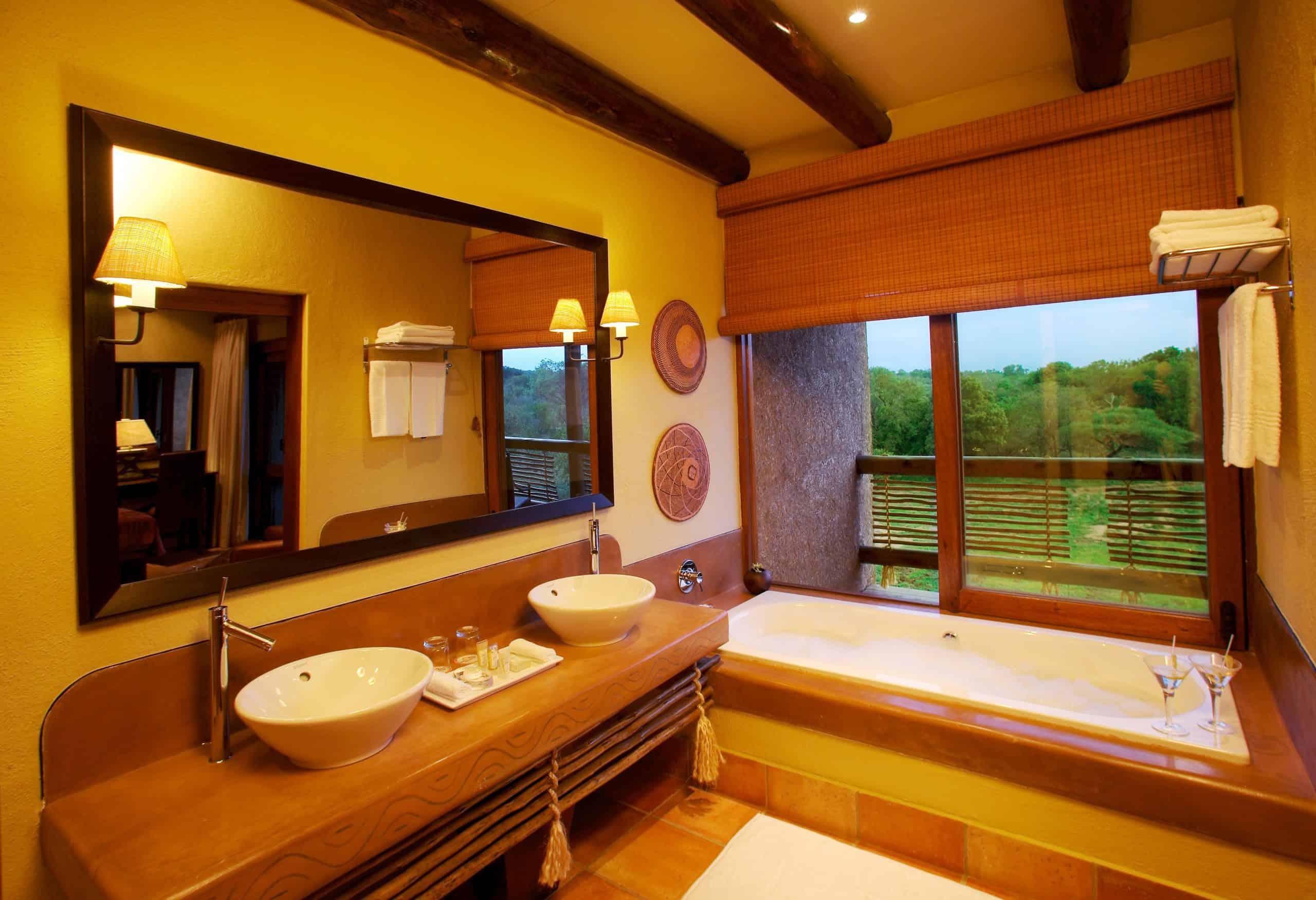 Kapama River Lodge Suite Bathroom
