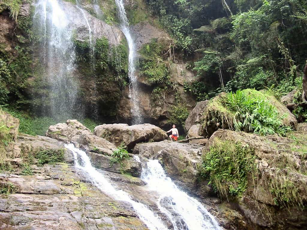 Vibe Adventures Waterfalls, Mountains & Sea Tour (6)
