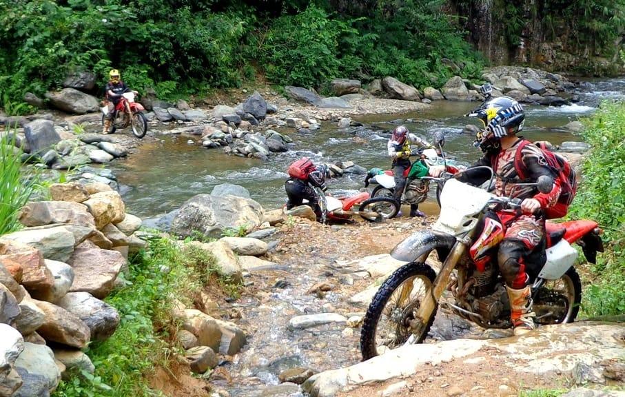 Vietnam Motorcycle Tours 1