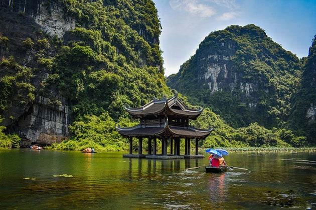 Bai Dinh Pagoda Trang An 1 Day Tour