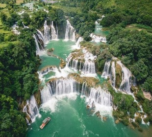Epic Vietnam Waterfalls & Lakes Tour