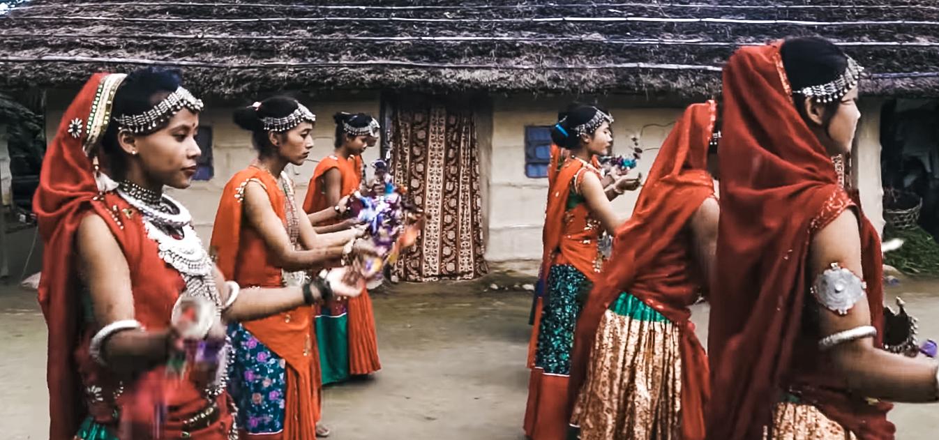 Tharu Girls Performing In Bardia