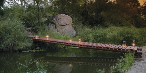 Lantern Passage