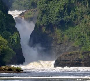 3 Days Murchison Falls National Park & Rhinos